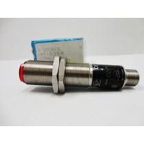 Sensor optico reflexivo Wenglor, com ampla aplicação em automação.