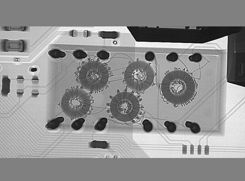 Visão de um conjunto eletrônico com RAIO X